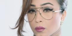 أبرار الكويتية تنهال على ابنتها بالضرب والشتم لهذا السبب