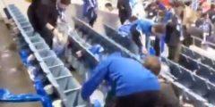 بالفيديو شاهد جماهير الهلال وهي تقوم بتنظيف المدرج قبل مغادرة ملعب سايتاما