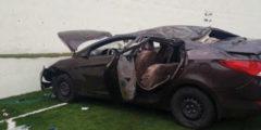 بالصور.. إصابتان في سقوط سيارة تقودها سيدة من مرتفع فوق ملعب كرة قدم بالباحة