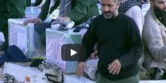بالفيديو.. مشيعو قاسم سليماني يتبركون بنعشه بطريقة غريبة