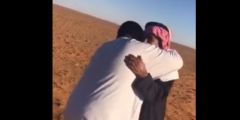 فيديو مؤثر.. سوداني يلتقي كفيله السعودي بعد فراق 32 عاماً ويحتضنه باكياً
