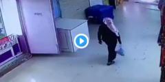 متحرش وادي الدواسر.. فيديو شاب يقوم بحركات غير أخلاقية لفتاة داخل سوق بوادي الدواسر