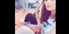 بالفيديو مشاعل الجلعود وهيفاء الطويلعي بملابس مثيرة مع شباب في استراحة بحائل