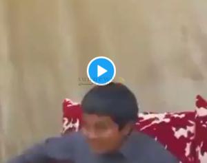 فرحة طفل قطري بفتح الحدود