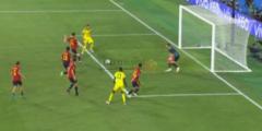 شاهد موراتا يهدر انفراد تام في مباراة أسبانيا والسويد