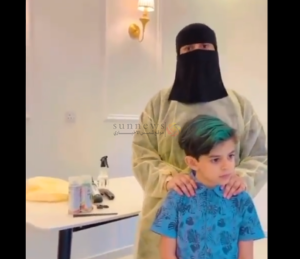 أول حلاقة سعودية